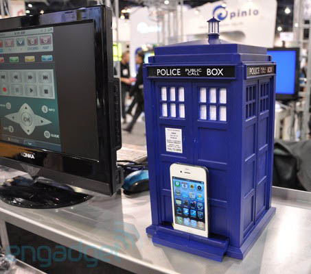 Speakal Doctor Who TARDIS